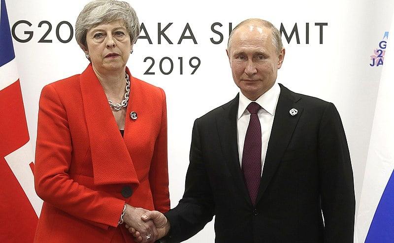 ולדימיר פוטין ות'רזה מיי - רוסיה