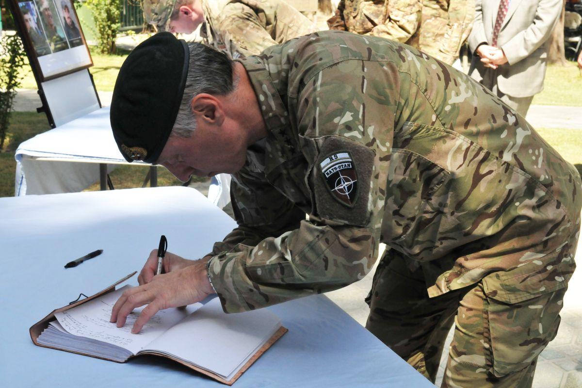 לוטננט גנרל בריטי בקאבול